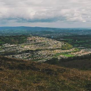 A view of a welsh valley from the top of the mountain.